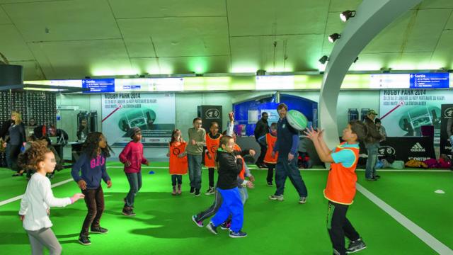 """Le """"Rugby Park"""" proposera plusieurs activités pour initier les voyageurs au monde de l'ovalie."""