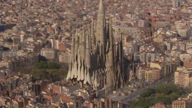 Vue virtuelle de la Sagrada Familia une fois terminée