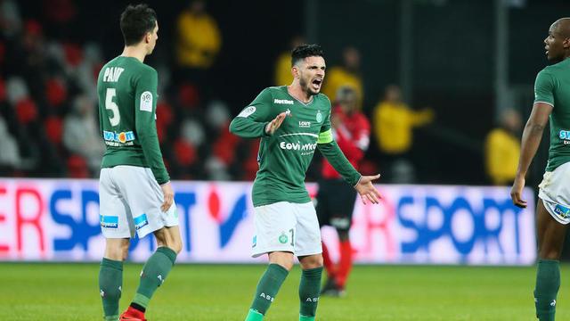 Avec Bordeaux et Lille, Saint-Etienne est en danger au classement.