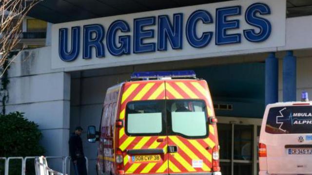 L'entrée des Urgences du CHU de Grenoble, le 5 janvier 2014 [Jean-Pierre Clatot / AFP]