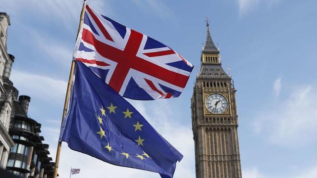 Le Royaume-Uni et l'UE ont notamment trouvé un compromis pour éviter le retour d'une frontière physique entre l'Irlande et l'Irlande du Nord.