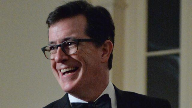 Connu pour son rôle de commentateur républicain arrogant sur Comedy Central, Stephen Colbert débarque sur CBS