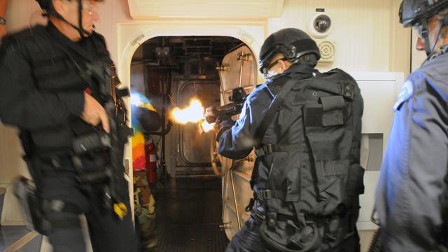 Des membres de la SWAT en opération à San Diego