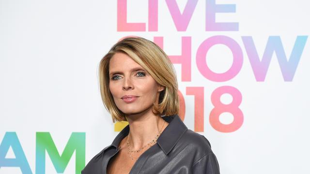 Sylvie Tellier, directrice du comité Miss France, a donné une consigne bien précise à sa fille qui l'accompagne durant le voyage de préparation à l'élection.