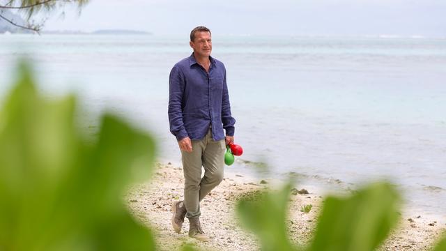 Benjamin Castaldi sonne l'heure de la finale de Tahiti Quest sur Gulli