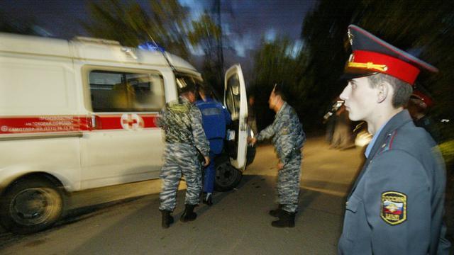 """Deux femmes tuées à coups de couteau ont été découvertes dans un appartement au Tatarstan, avec """"Free Pussy Riot"""" écrit apparemment avec du sang sur un mur."""