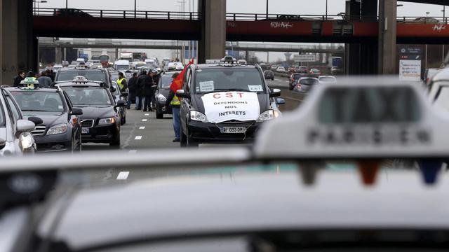 Manifestation de taxis le 10 février 2014 à l'aéroport de Roissy Charles de Gaulle [Thomas Samson / AFP/Archives]
