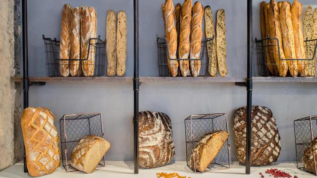 The French Bastards propose une gamme de pains rustiques à base de farines bio et levain naturel.