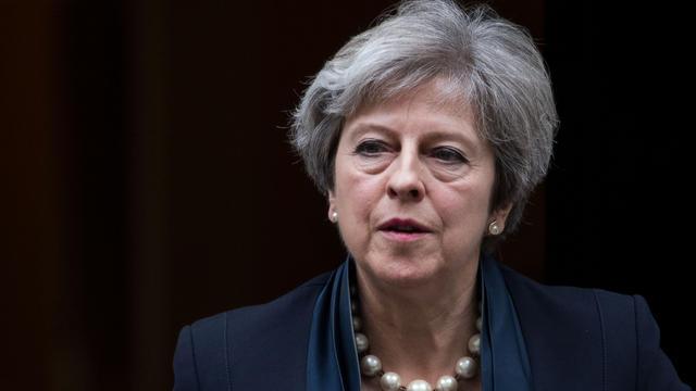 Contestée dans son propre gouvernement, Theresa May peine à s'imposer face à l'UE.