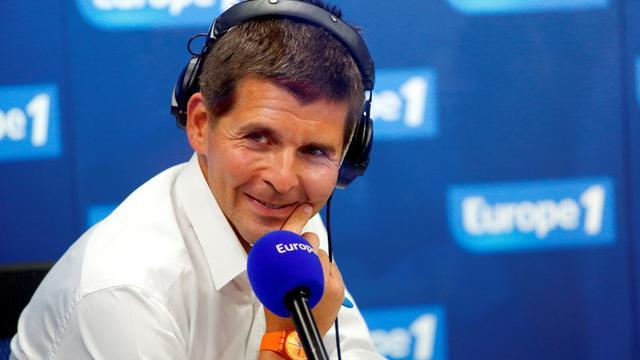 Thomas Sotto anime la matinale d'Europe 1 suivie par plus de trois millions d'auditeurs
