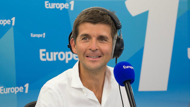 Accompagné de Julie, Laurent Cabrol et toute la rédaction d'Europe 1, Thomas Sotto anime La Matinale de 6h30 à 9h