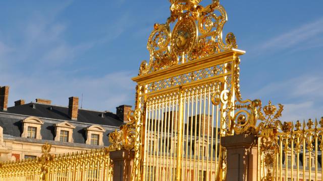 Les grilles du château de Versailles.
