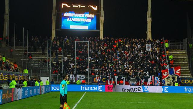 L'assistance vidéo à l'arbitrage a été utilisée en Coupe de la Ligue, notamment lors de la rencontre entre Amiens et le PSG.