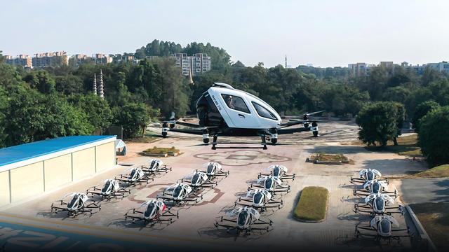 Le taxi drone d'EHang préfigure les déplacement urbains du futur. [© EHang]