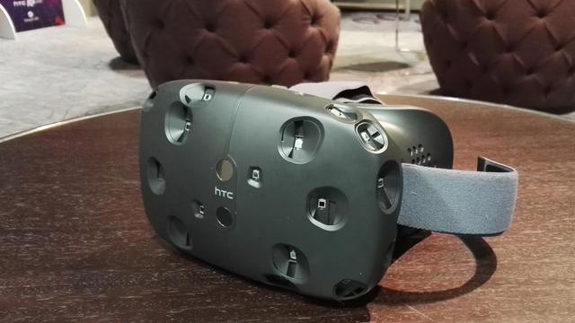 Le prototype du casque de réalité virtuellle Vive, développé par HTC et Valve.