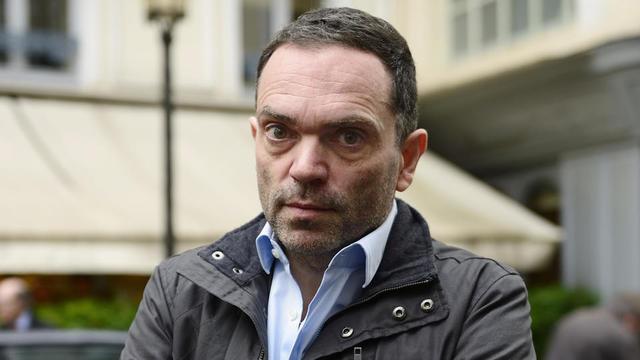 Depuis plusieurs jours, l'écrivain Yann Moix est au centre d'une polémique familiale.