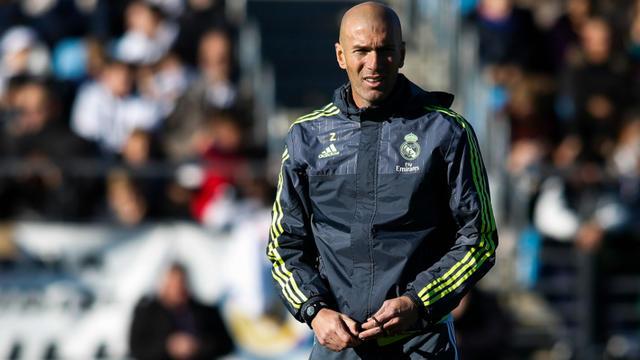 Zinedine Zidane aura pour mission d'éviter au Real Madrid de connaître une deuxième saison blanche consécutive.