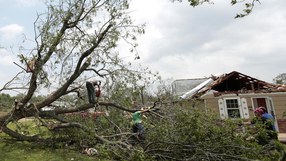 Le président Barack Obama a déclaré l'état de grande catastrophe naturelle. De l'aide a été offerte par les états voisins de l'Oklahoma.
