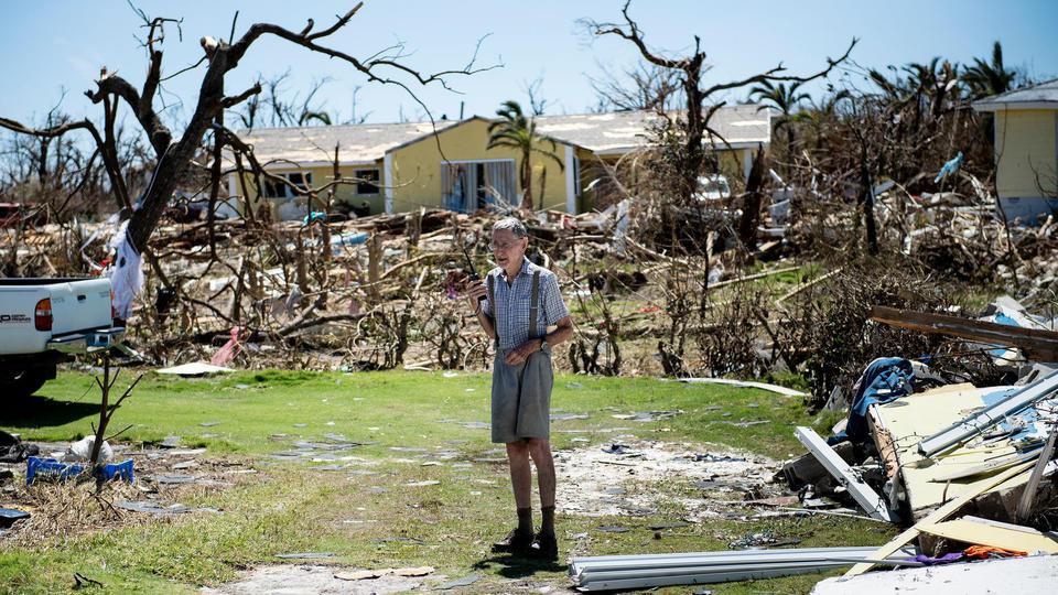 Dorian a laissé au moins 70.000 personnes sans abri sur les îles les plus sévèrement touchées, Abaco et Grand Bahama, selon l'ONU, dont le Programme alimentaire mondial a acheminé sur place près de 15.000 repas et des tonnes d'équipement.