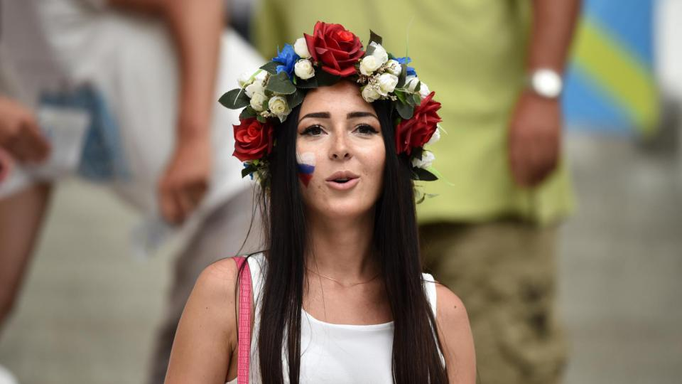 Une supportrice russe lors du match Angleterre-Russie, le 11 juin 2016, à Marseille.