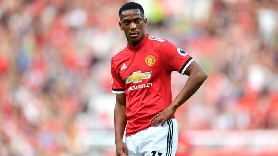 Anthony Martial de Monaco à Manchester United pour 50 millions d'euros (+30 millions d'euros de bonus) en août 2015.