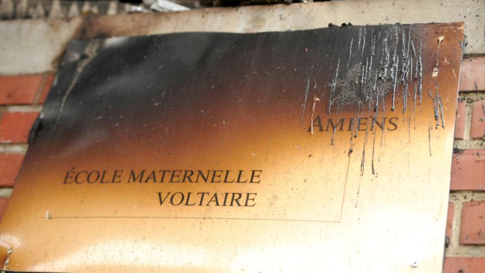 Ecole brûlée Amiens