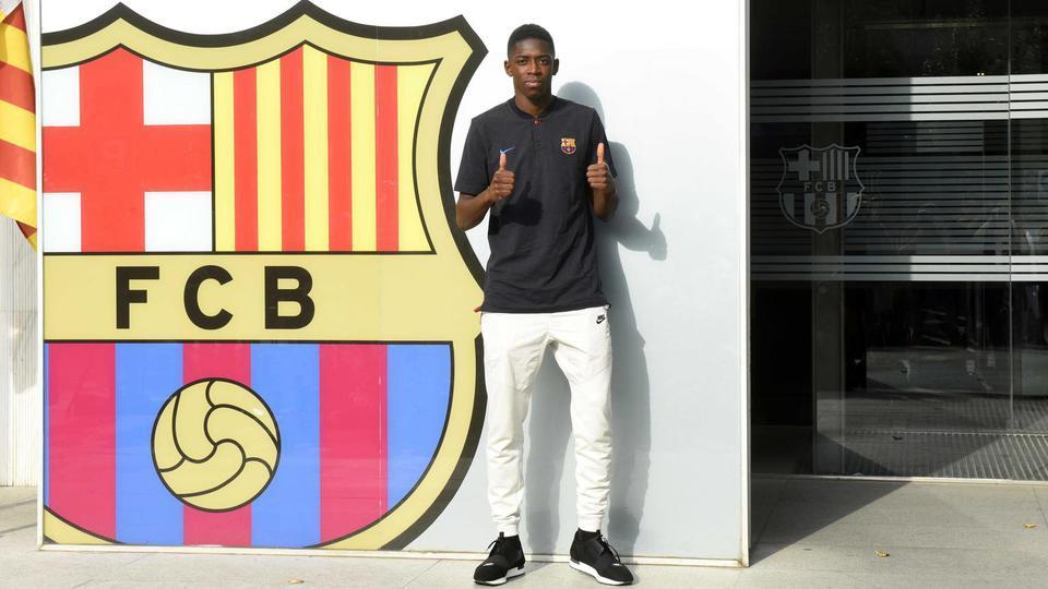 Ousmane Dembélé du Borussia Dortmund à Barcelone pour 105 millions d'euros (+40 millions de bonus) en août 2017.