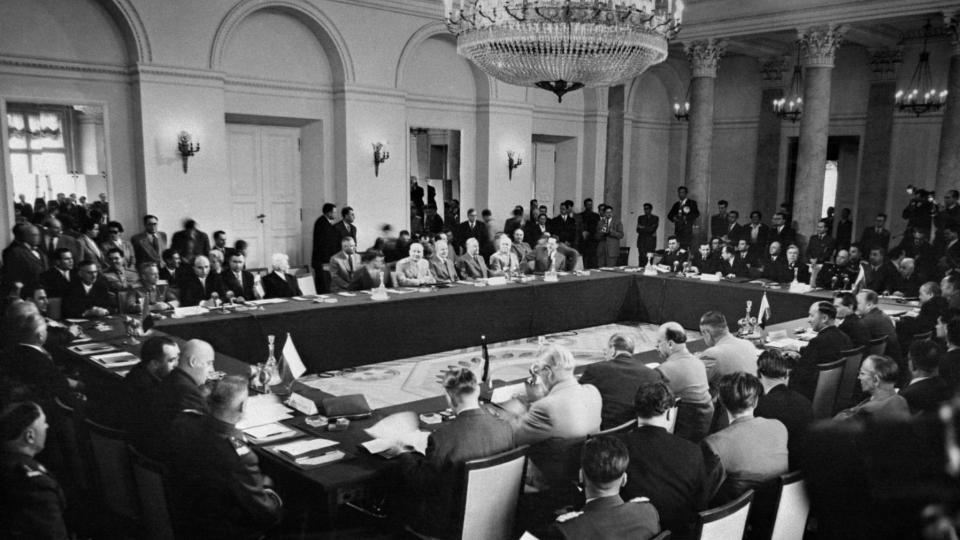 Signature du Pacte de Varsovie