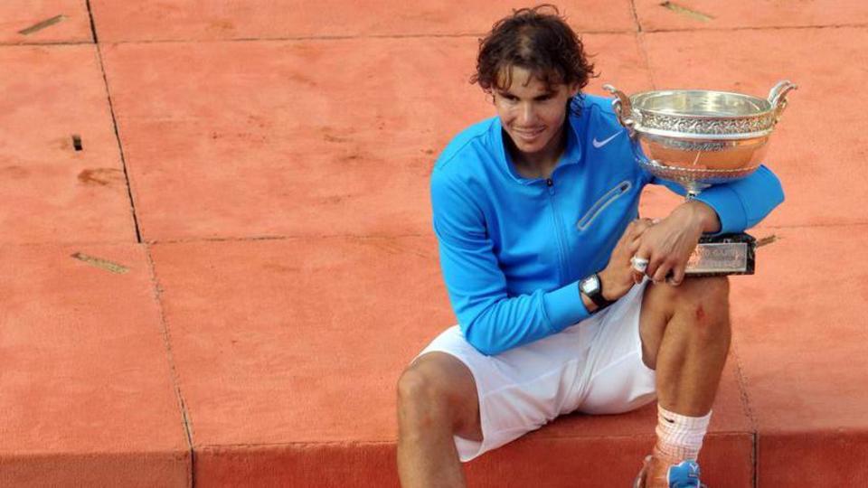 2011 : Pour la 4e fois, il est opposé à Roger Federer en finale. Et pour la 4e fois, l'Espagnol prend le dessus sur le Suisse (7-5, 7-6, 5-7, 6-1) pour rester le maître des Internationaux de France.