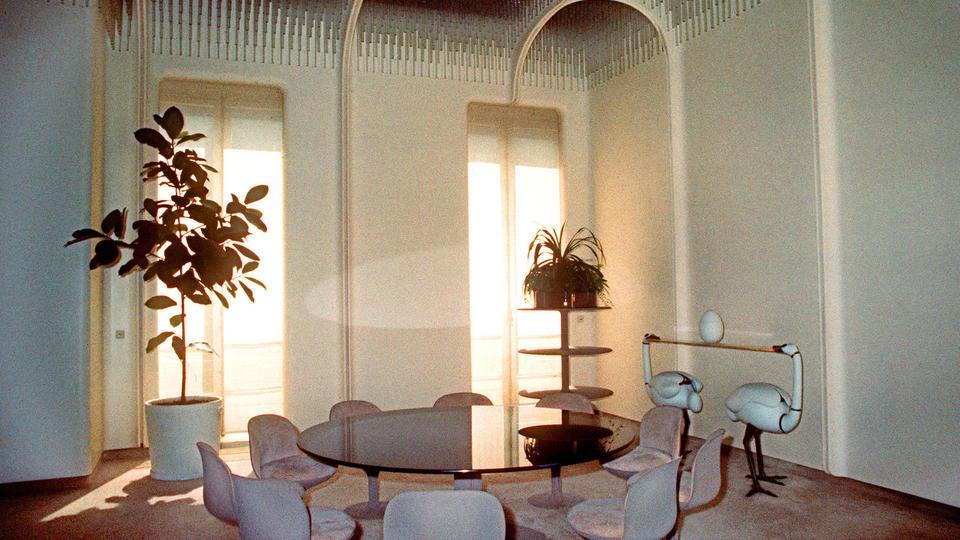 comment chaque pr sident a chang la d coration de l 39 elys e. Black Bedroom Furniture Sets. Home Design Ideas