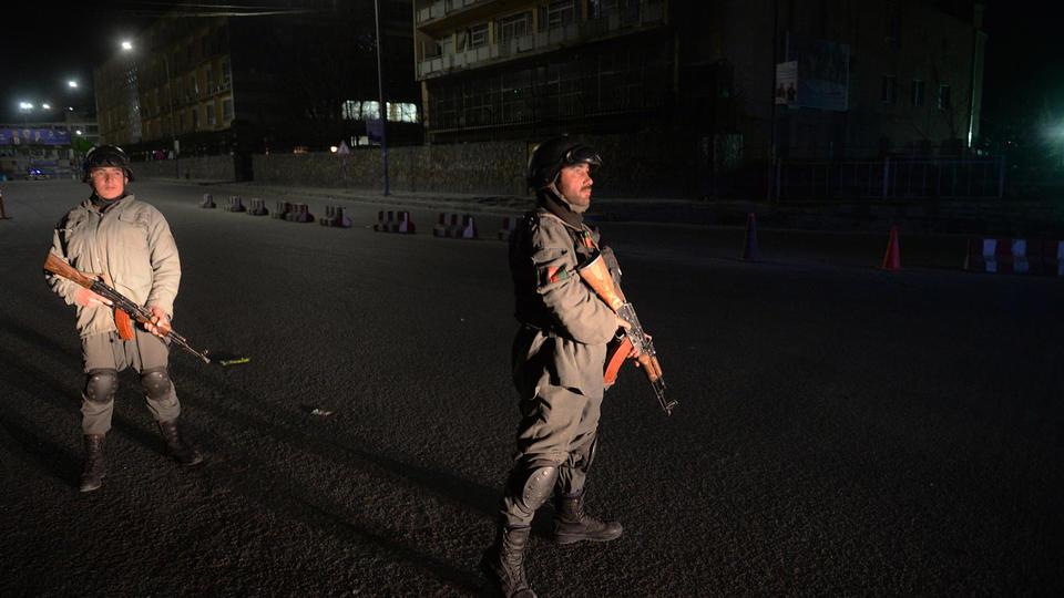 Des soldats montent la garde à Kaboul, en 2014.