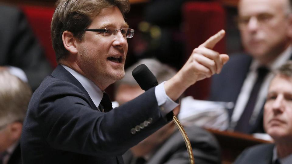 Partageant les même convictions que Cécile Duflot, Pascal Canfin, ministre délégué au Développement, choisi également de ne pas participer au gouvernement de Manuel Valls. Il quitte donc son poste le 31 mars 2014.