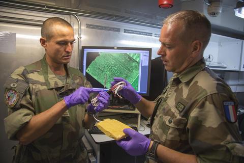 Avec les 500 derniers militaires français en Afghanistan Kaboulied4